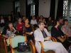 Figyel a közönség