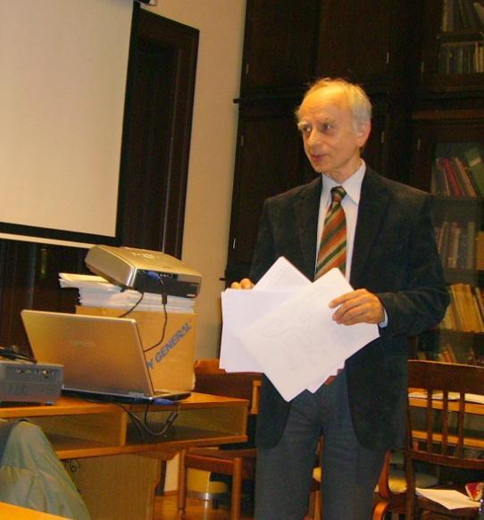 Dr. Gázmár-László