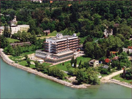 Balatonvilágos Hotel Frida Family