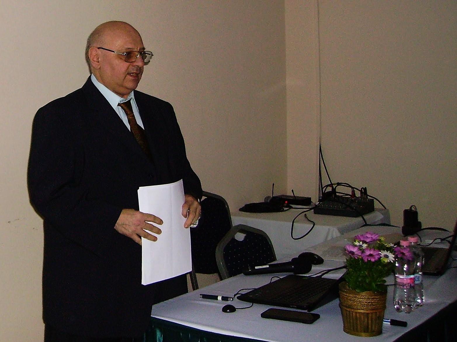 Dr. Szidnai László