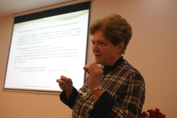 Előadó: Szombatiné Kovács Margit